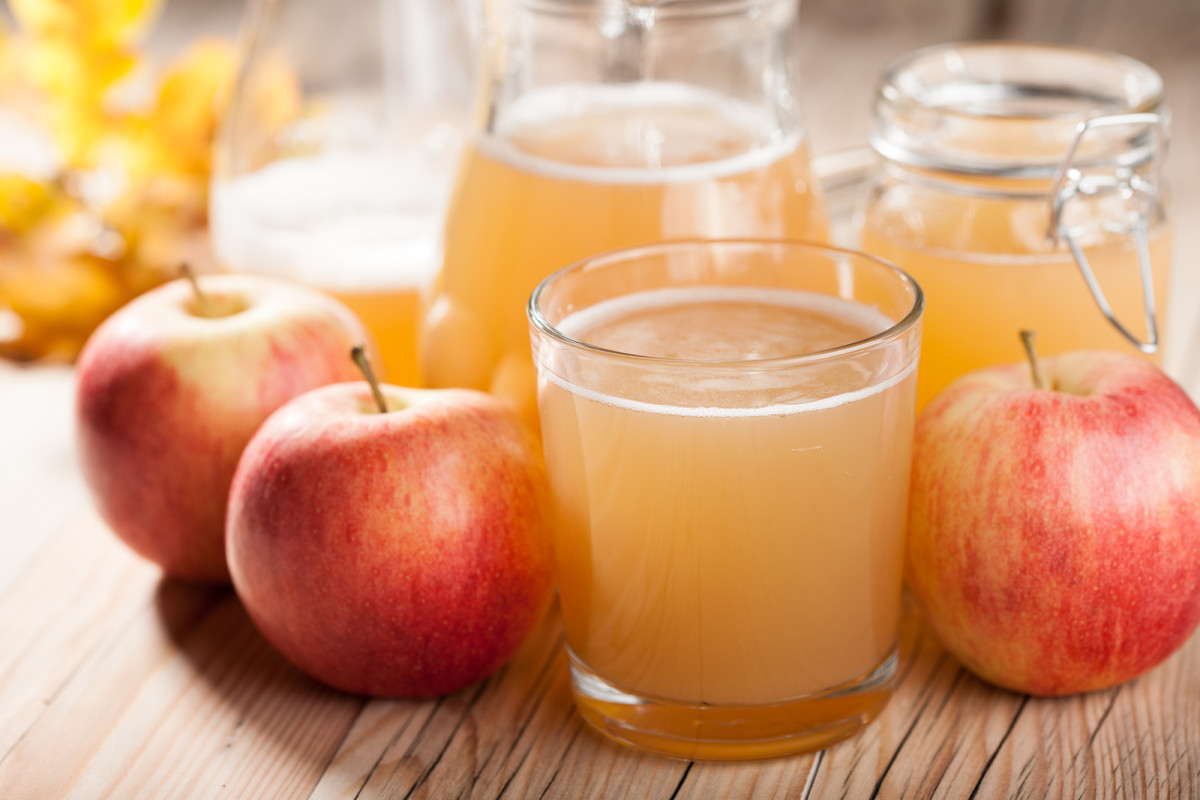 quick fresh no juicer needed apple juice
