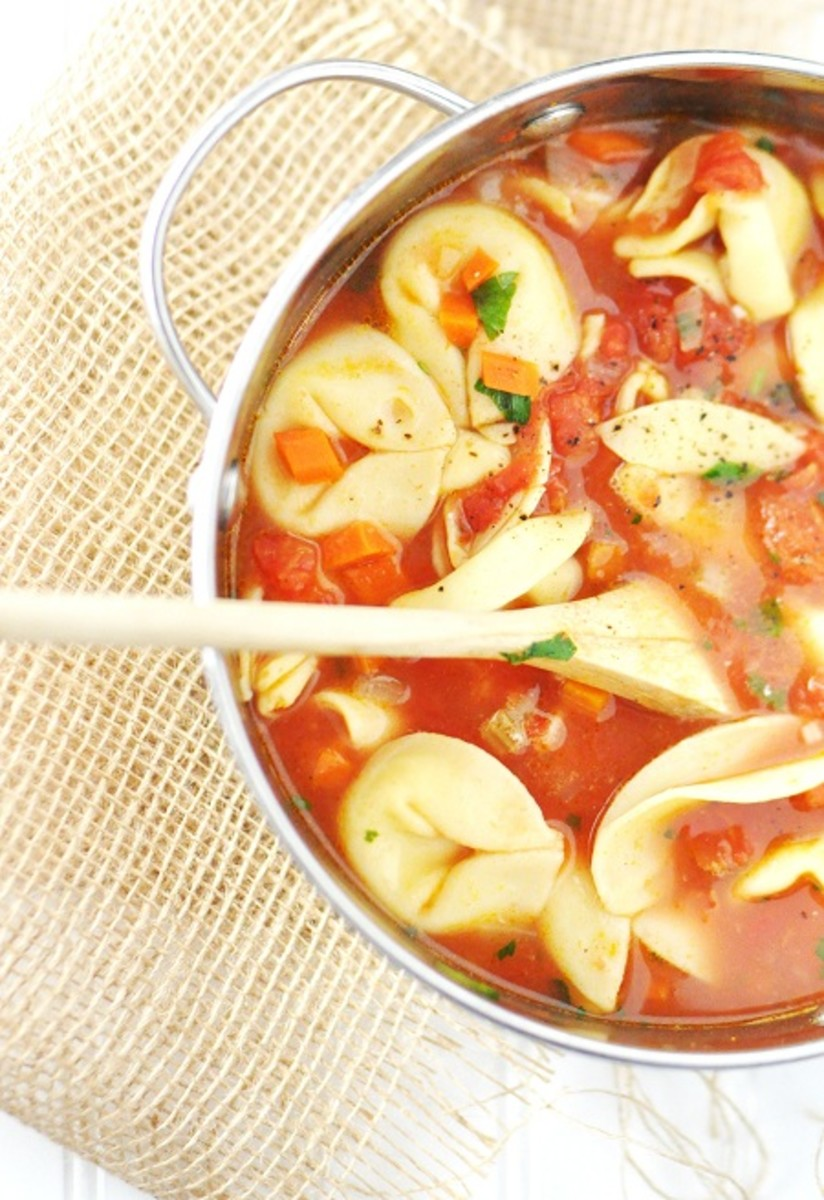 Vegetarian_Cheese_Tortellini_Soup_1