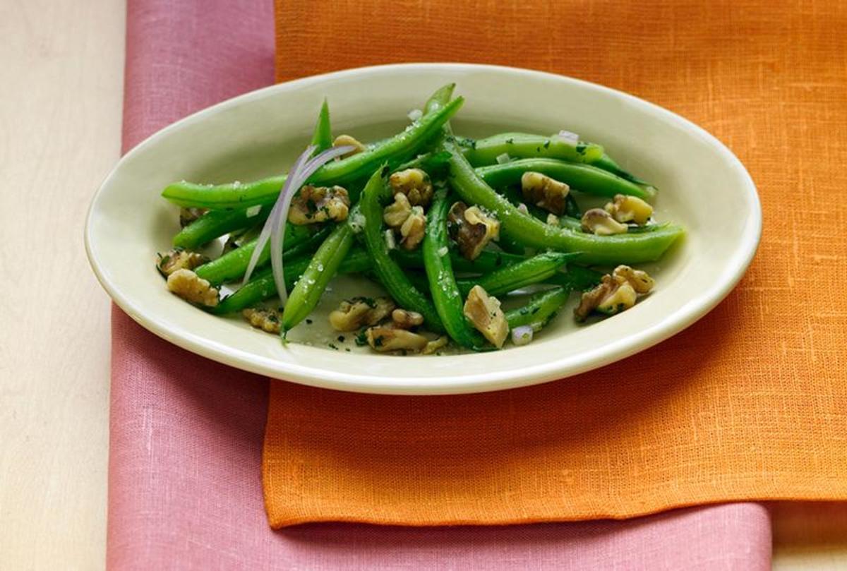 Green Bean Salad with Walnuts