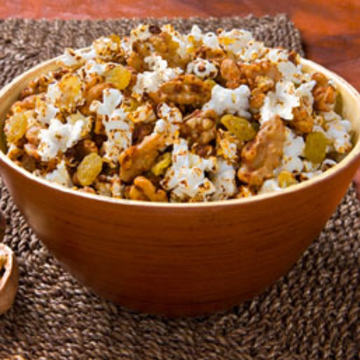 Spicy Fruits and Walnut Popcorn