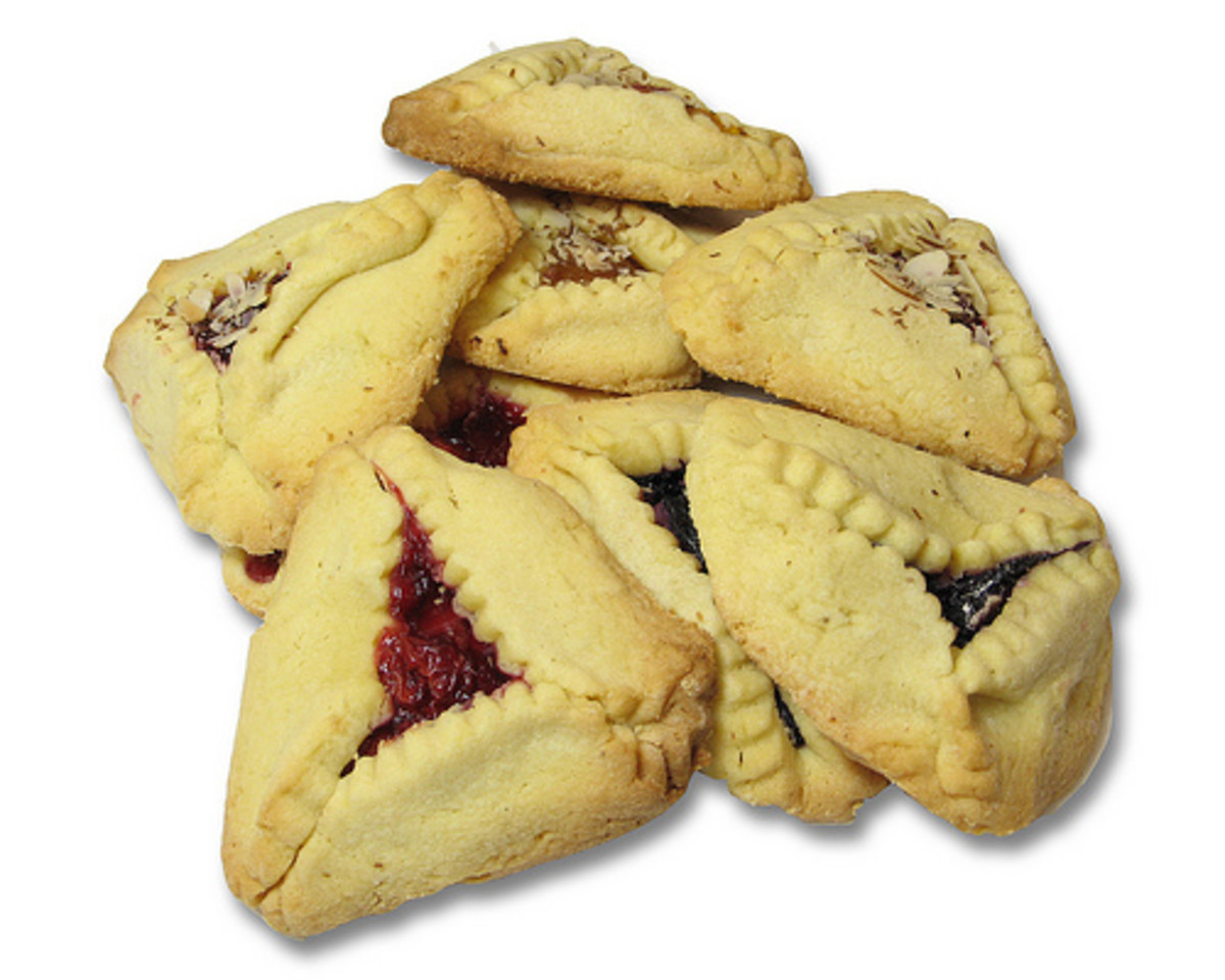 Hamantashen or Hamantaschen
