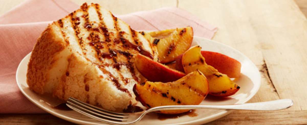 Grilled Angel Food Cake with Peaches