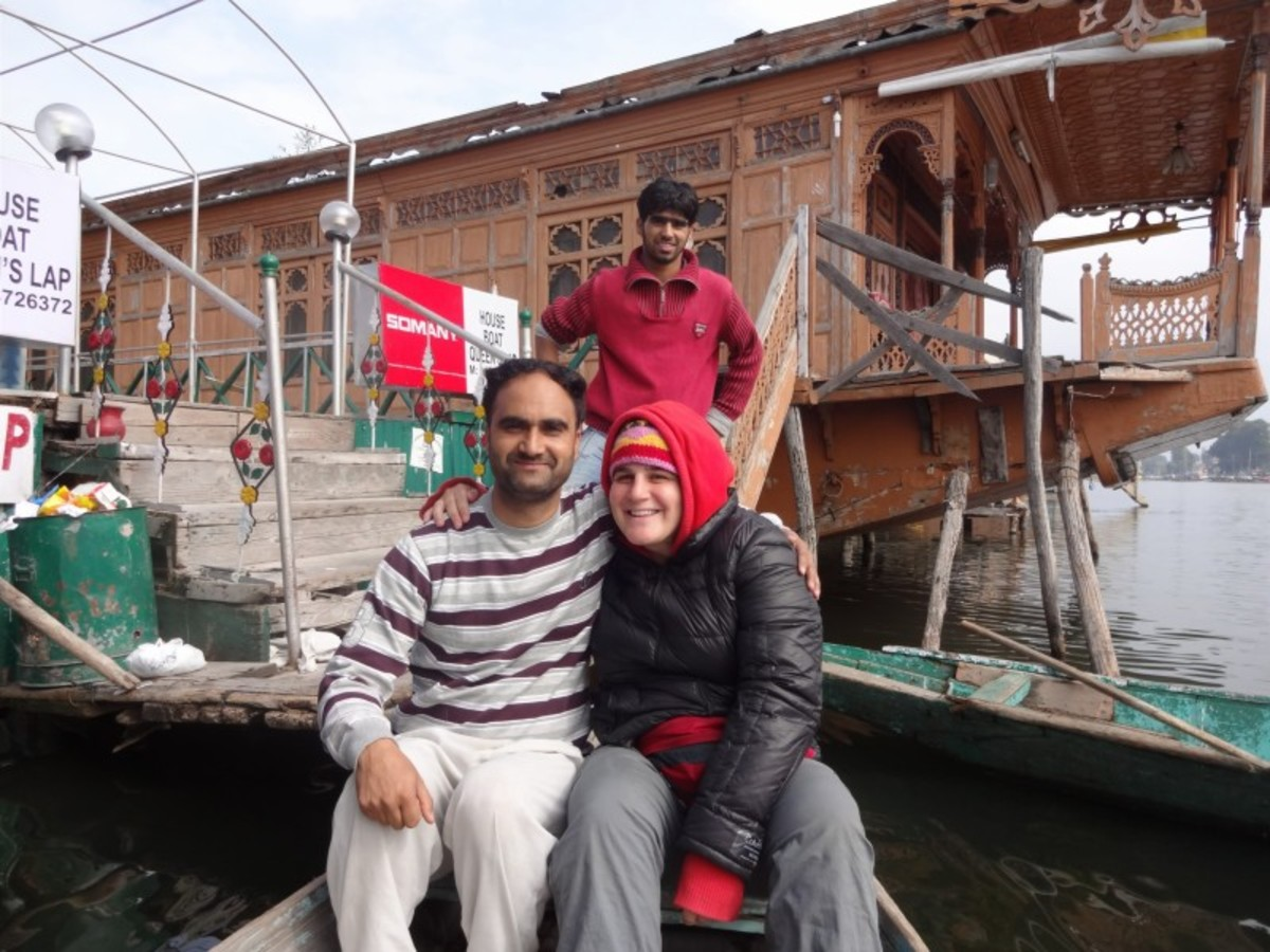 houseboat in kashmir for shabbat