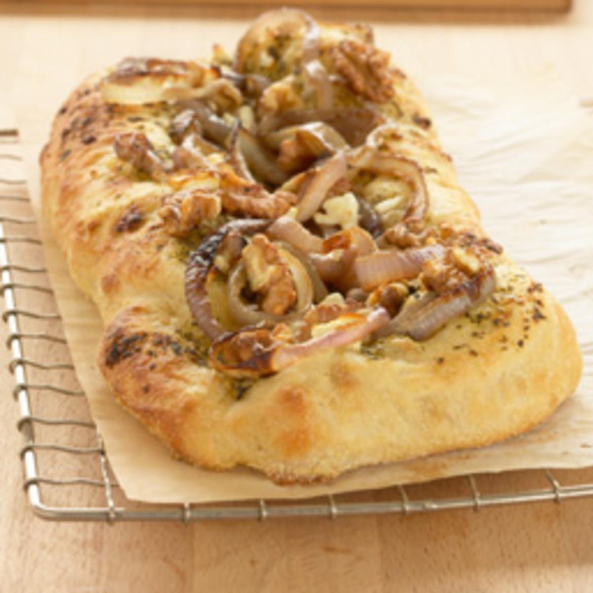 California Walnut & Carmelized Onion Pizza