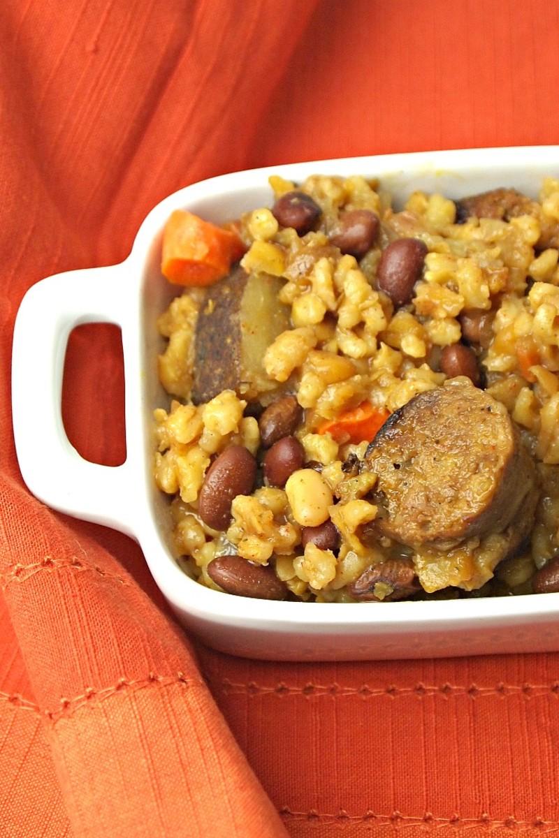 vegetarian-chicken-apple-sausage-cholent