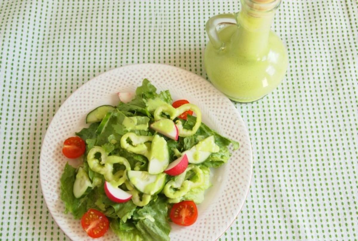 low fat creamy parsley salad dressing