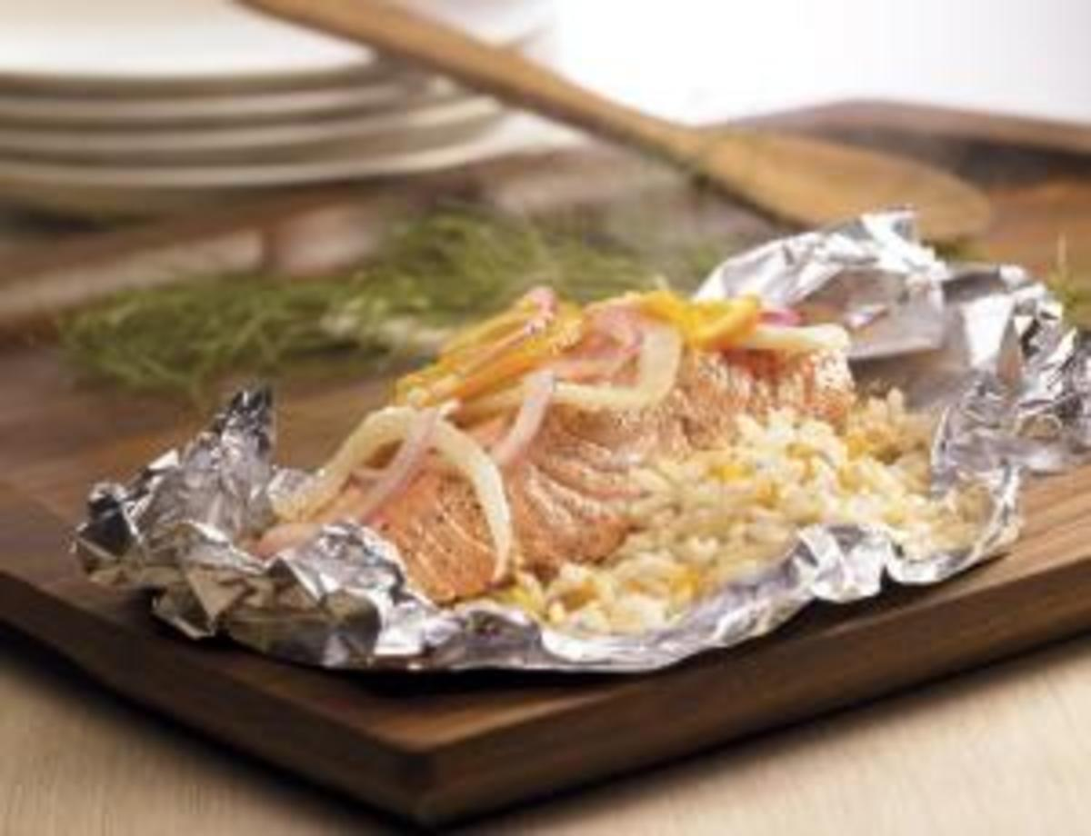 Salmon & Rice Packets with Fennel, Orange & Raisins