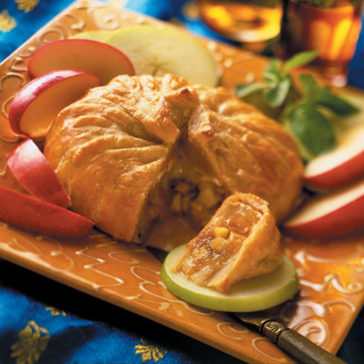Apple Raisin Chutney-Filled Brie (Sev Paneer)