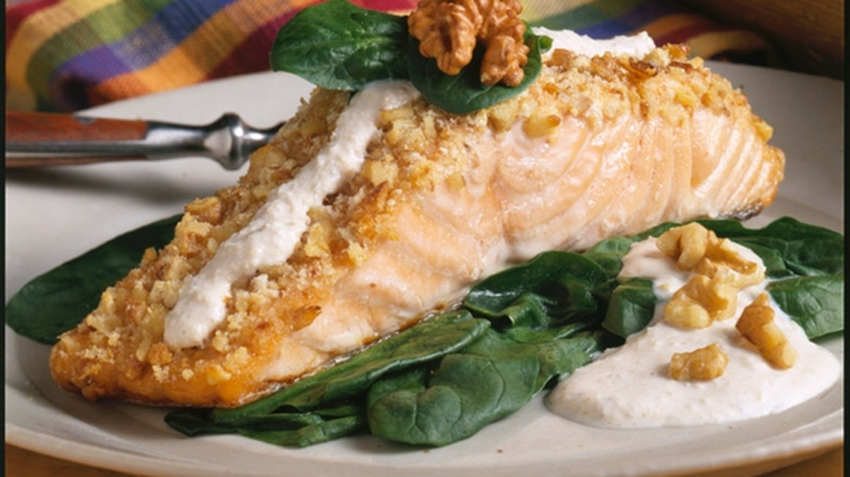 Walnut Crusted Salmon with Buttermilk