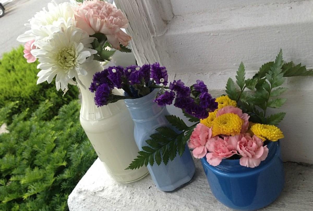 gold's bud vases
