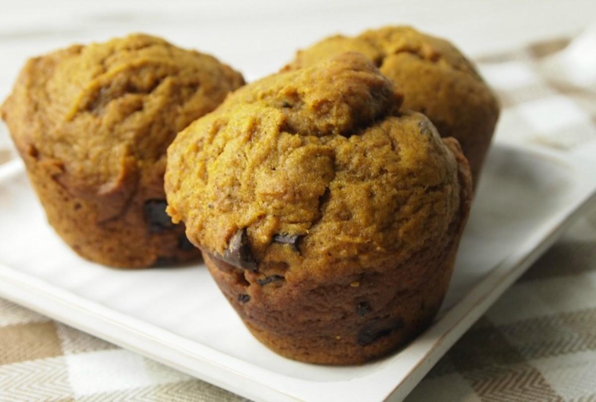 pumpkin-chocolate-muffins