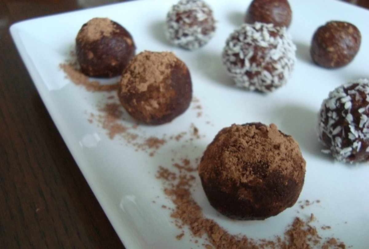 Raisin Carob truffles1