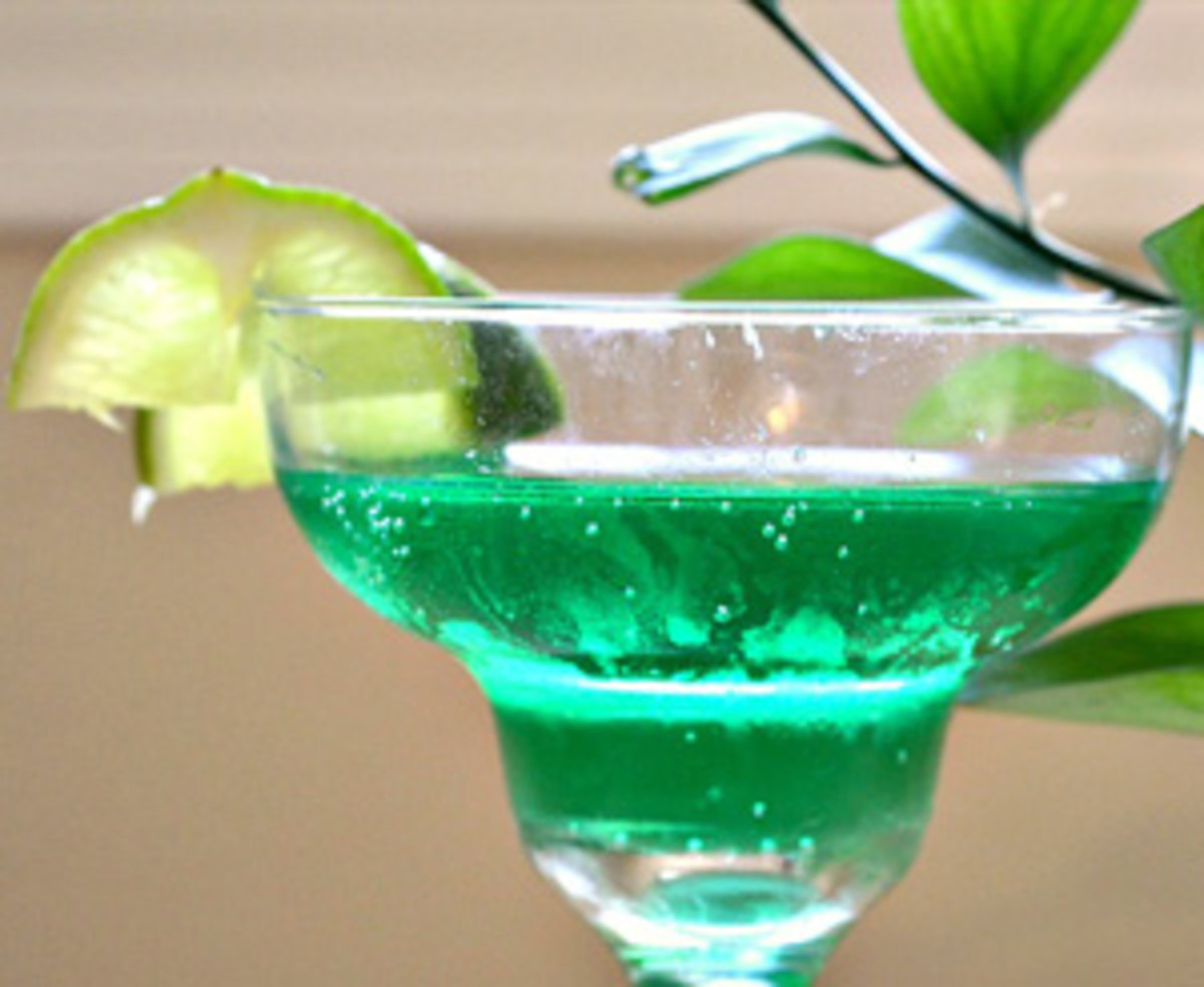 earth-day-cocktail-recipes-green-plantini