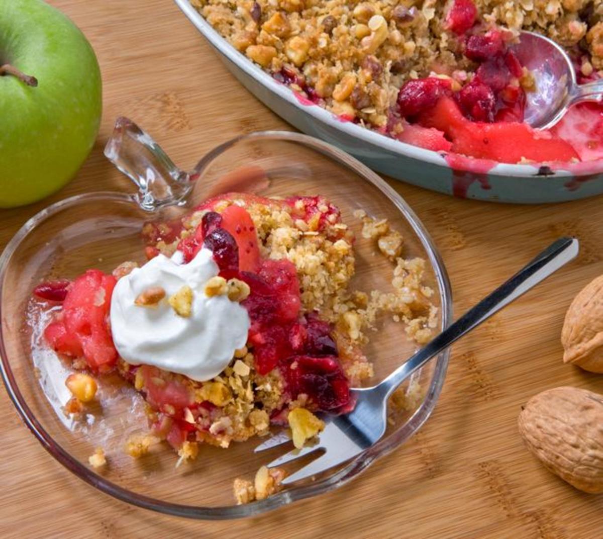 Cranberry Apple Walnut Crumble