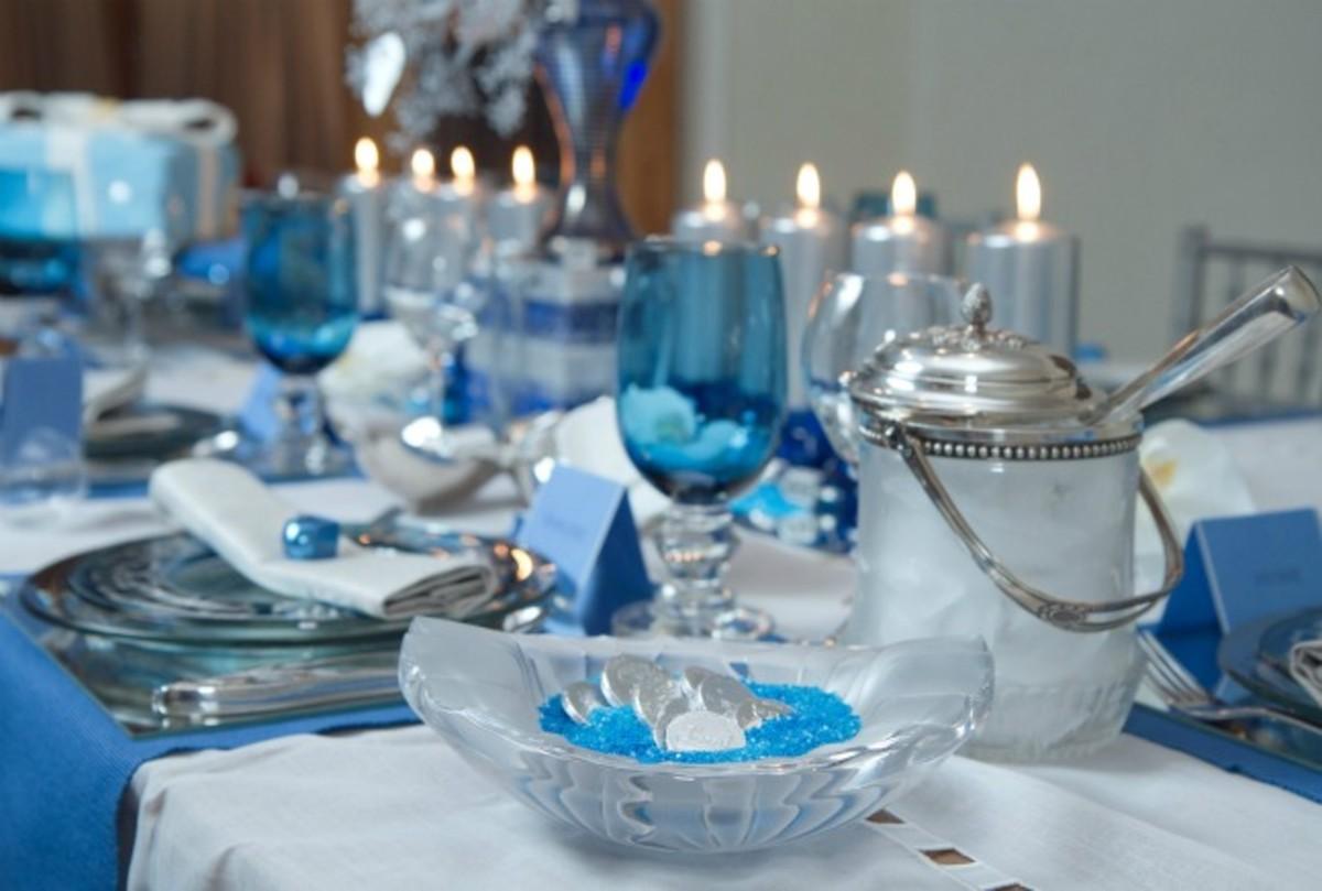 Chanukah Table Setting - Joy Of Kosher