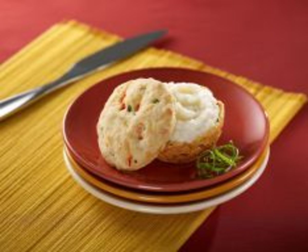 Golden Biscuits with a Creamy Idaho® Mashed Potato Center