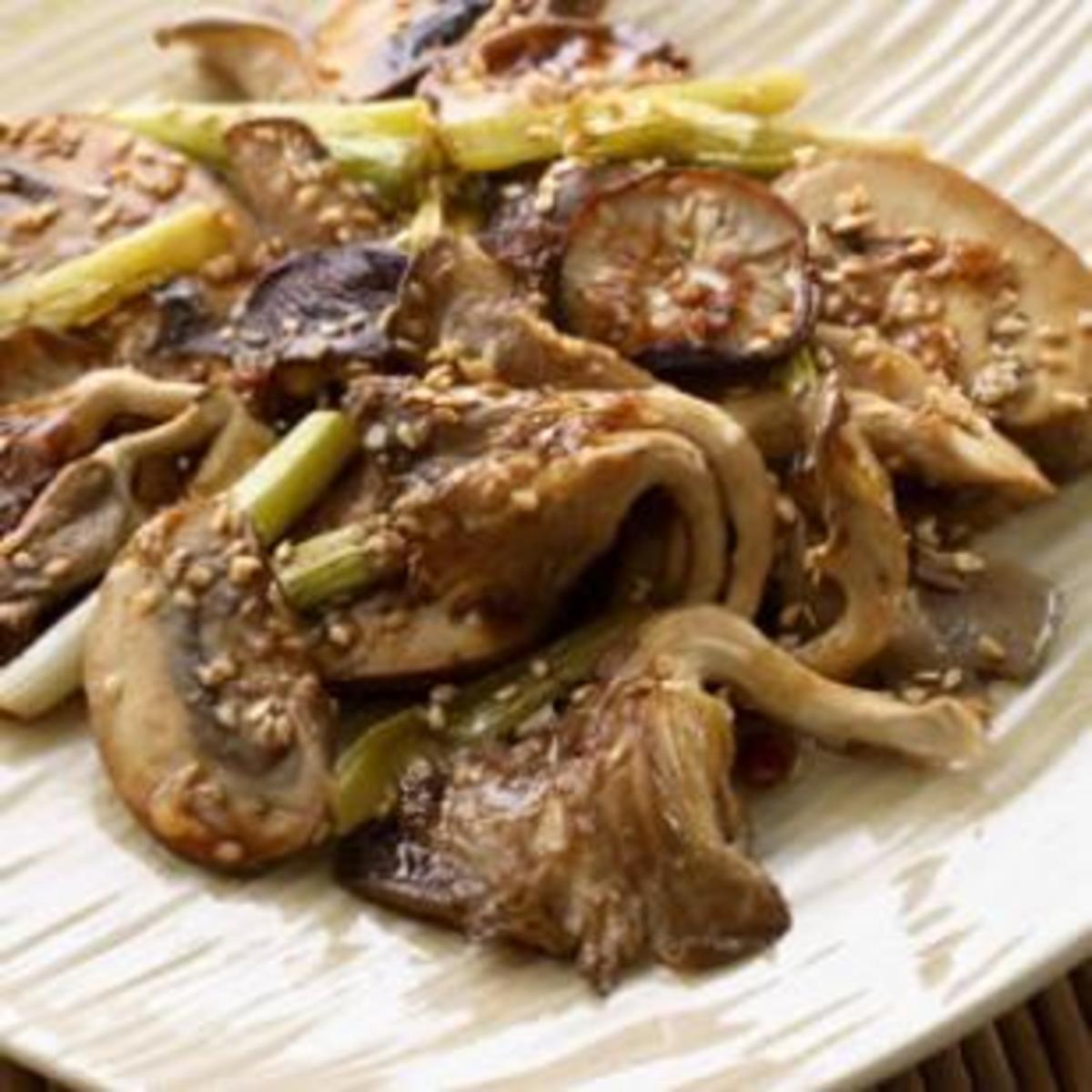 sesame roasted mushrooms and scallions