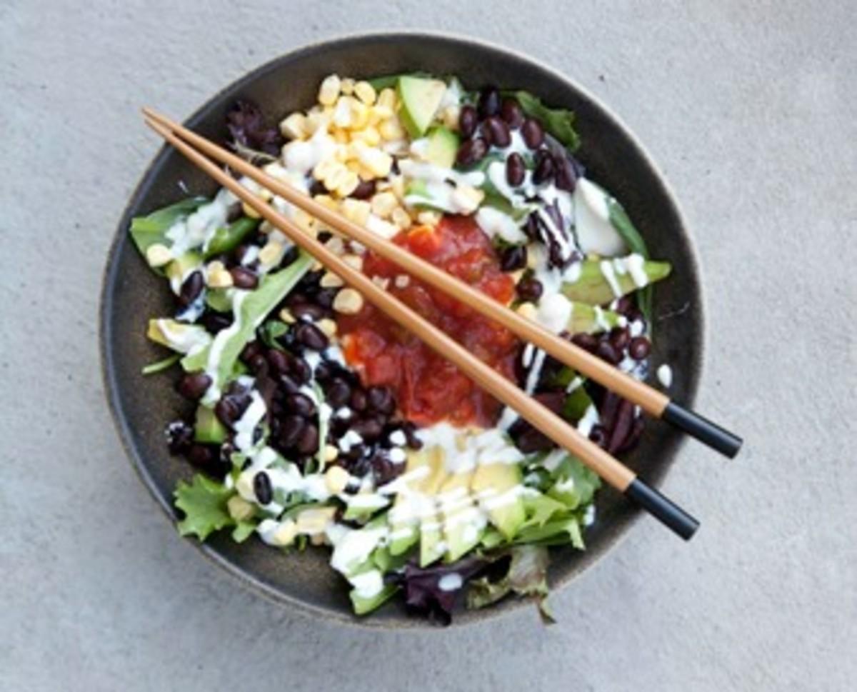 "Southwestern Salsa & Black Bean Salad with ""Sour Cream"" Dressing"