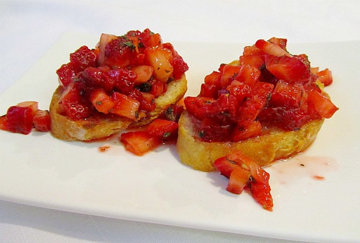 strawberry-bruschetta