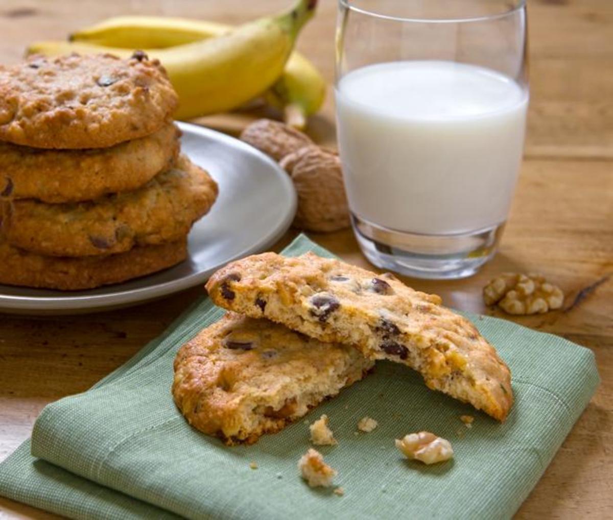 Walnut Banana Cookies