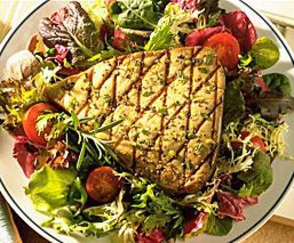 Provençal Grilled Tuna Salad