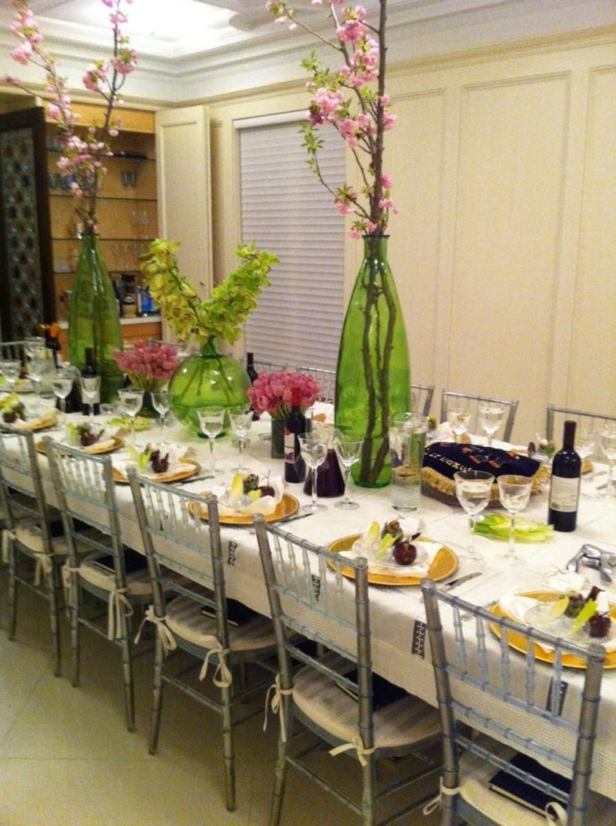 Seder table passover seder table & Seder Tablescape - Joy of Kosher