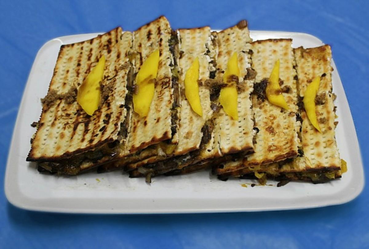 Matzo-panini-sandwiches