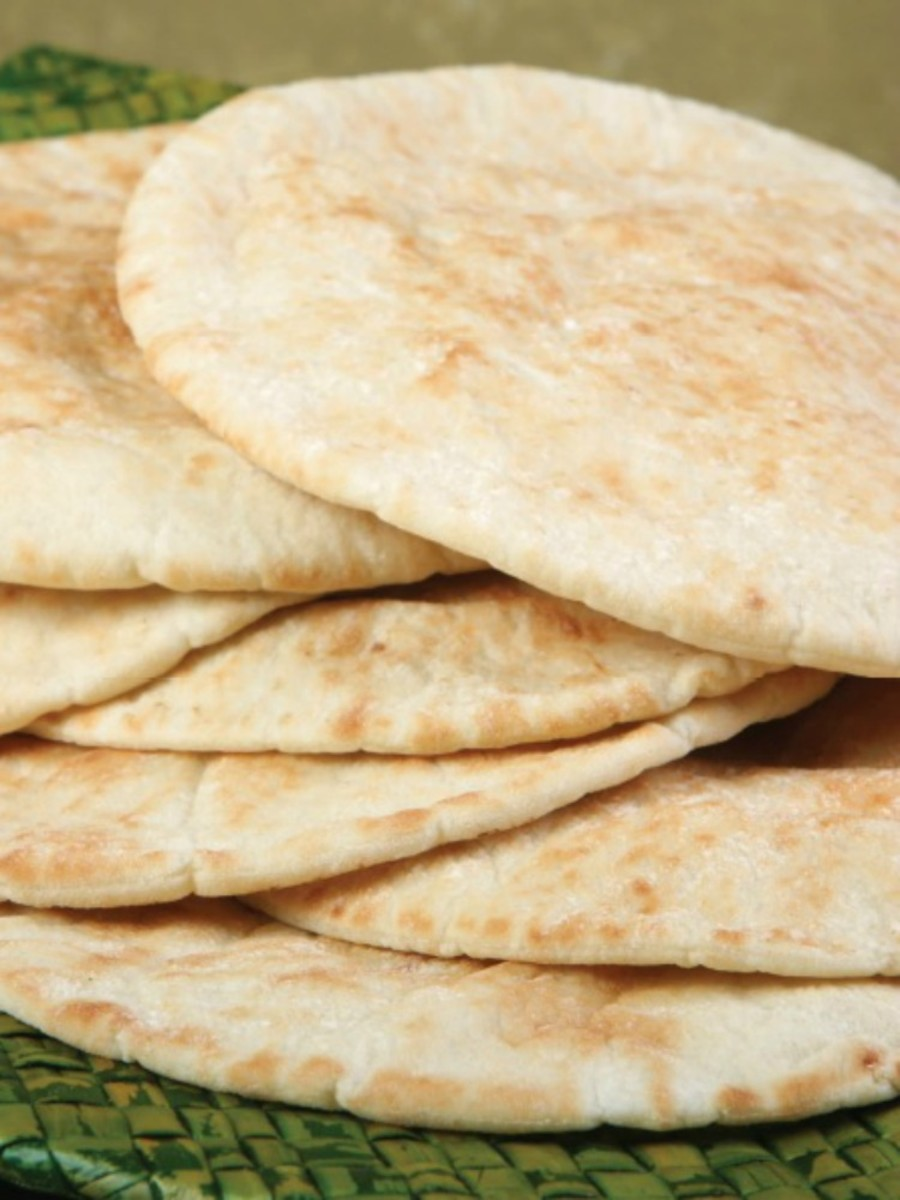 Pita Bread - Make your own pita like they do in Israel