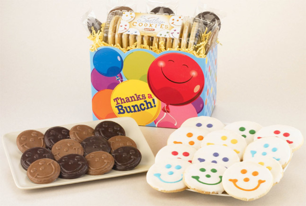 Smiley-Cookie-Gift-Basket