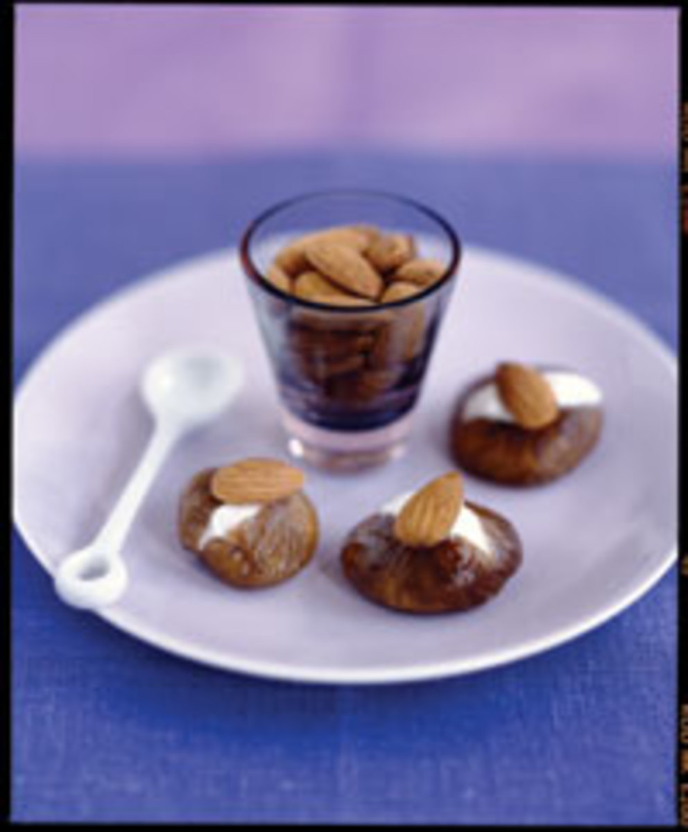 Dried Figs Stuffed with Almonds & Cream Cheese