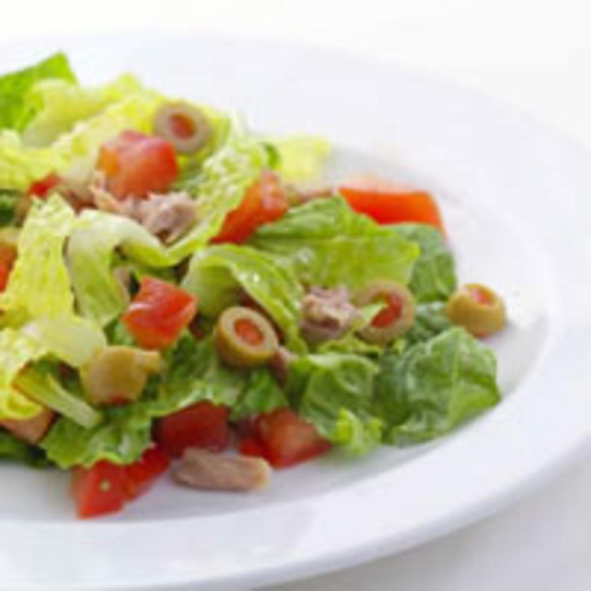 chopped salad ala tonno