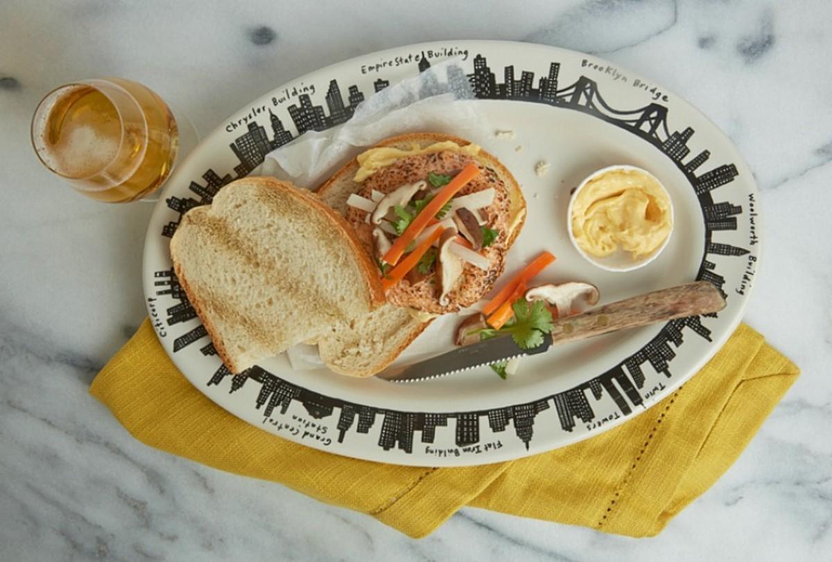 bahn mi salmon burger
