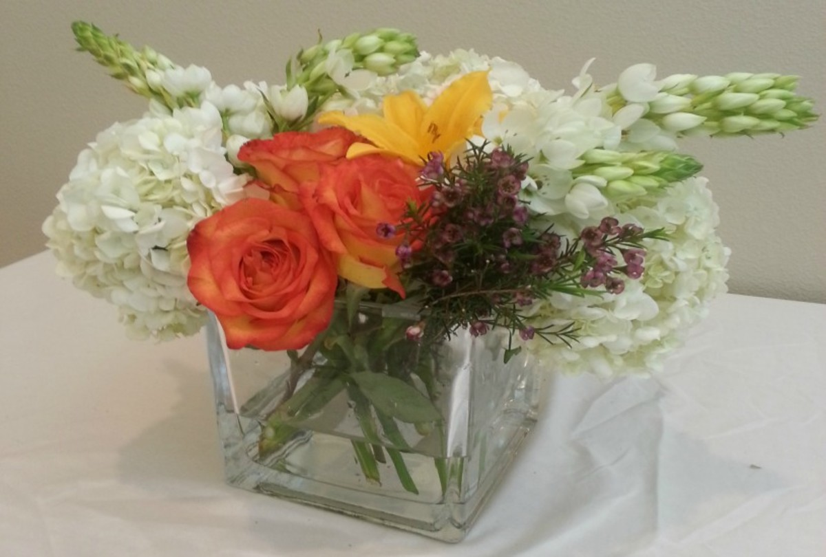 DIY Flower Centerpiece for your next party