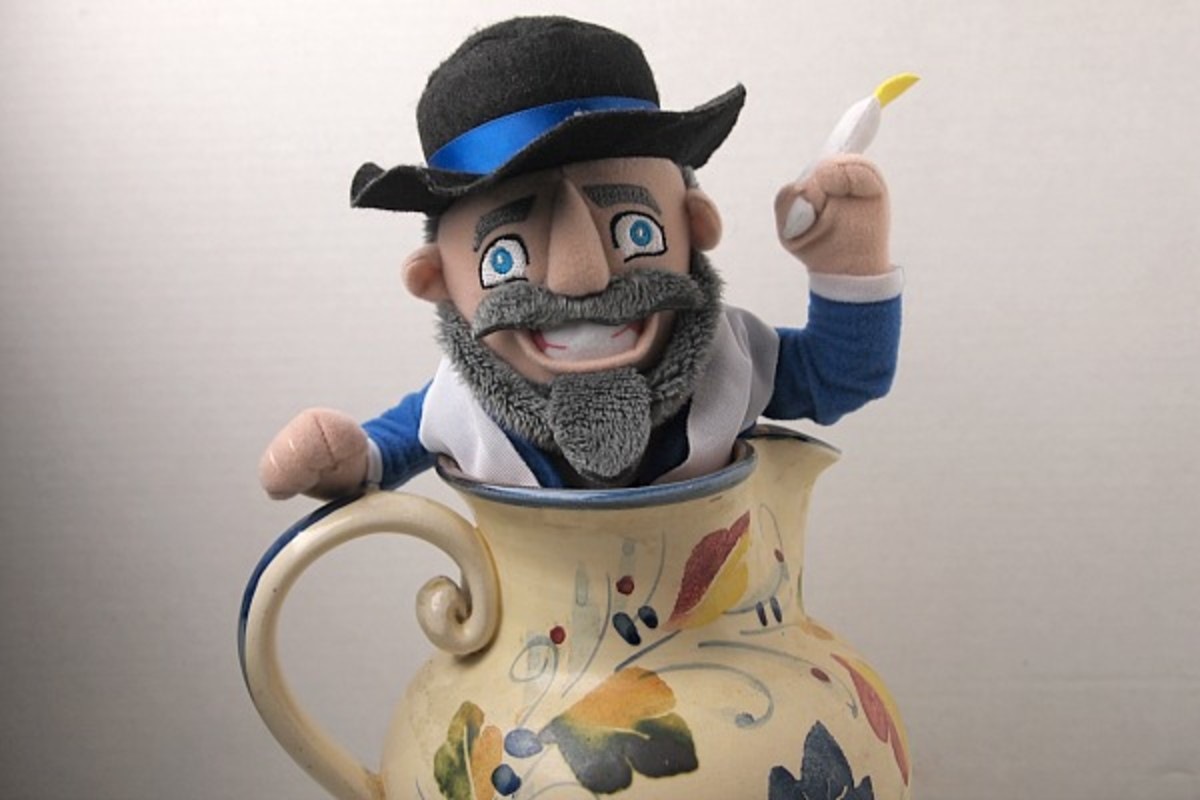 Mensch in a Pitcher - what's he doing there