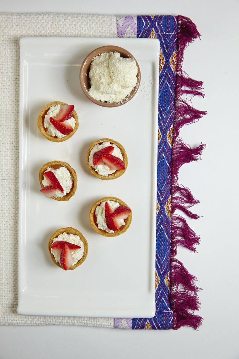 Fruit Tarts with White Chocolate Cream