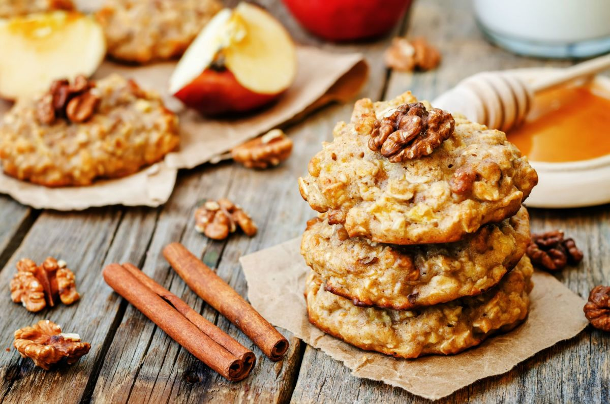 apple honey oat cookies