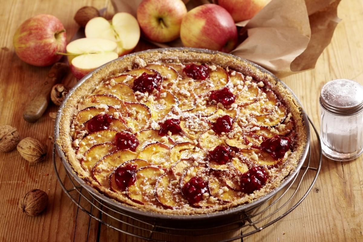 apple cranberry upsidedown tart
