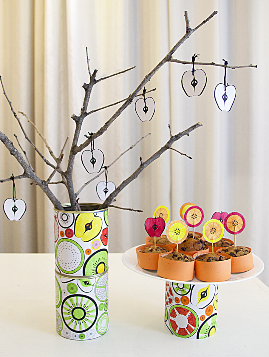 tu-bshevat-centerpiece-from-recycled-cans-and-sticks