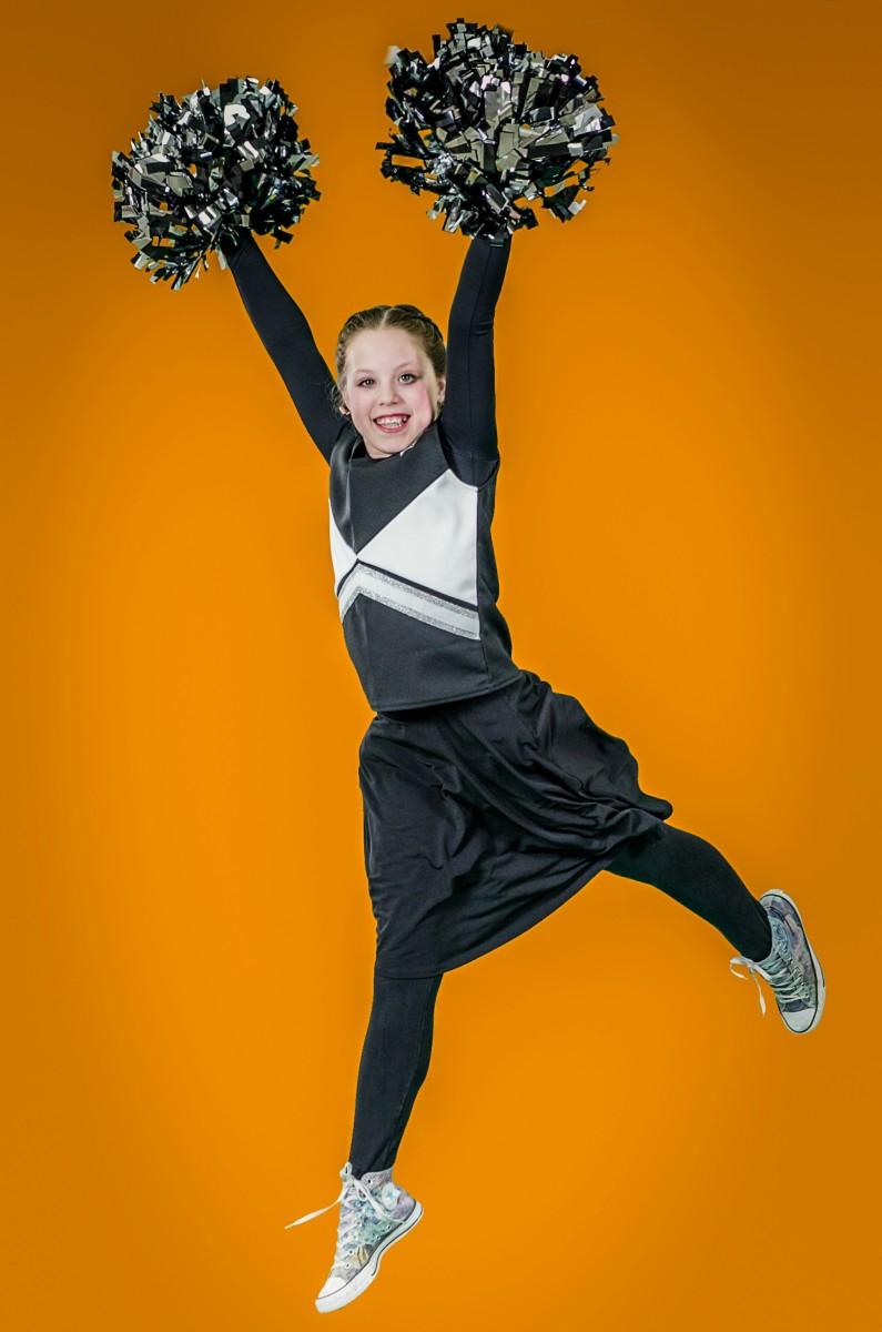 Jamie Geller's Daughter as cheerleader