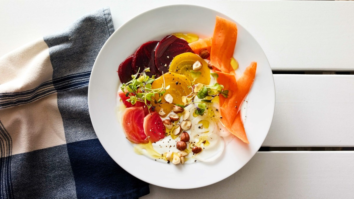 Beet_Yogurt_bowl