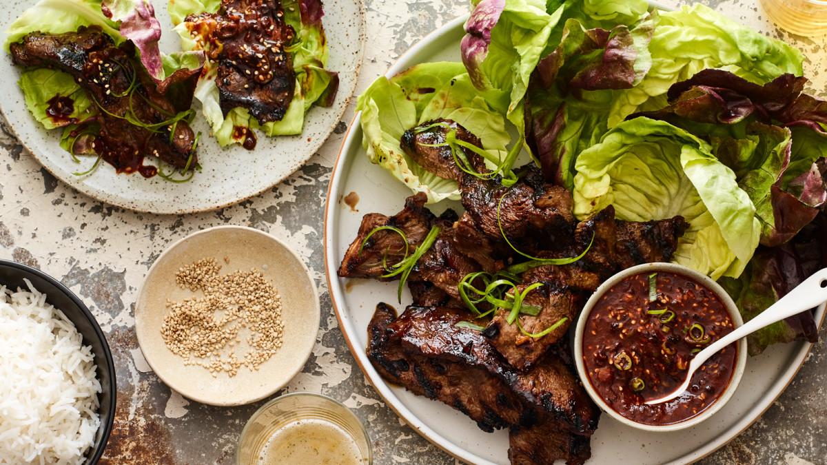 Quick BBQ Ribs Kalbi Lettuce Wraps