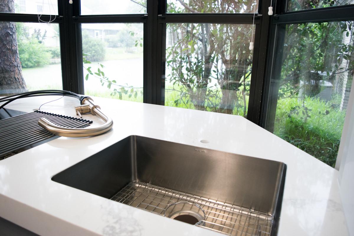 Who knew a sink could shine like diamonds?