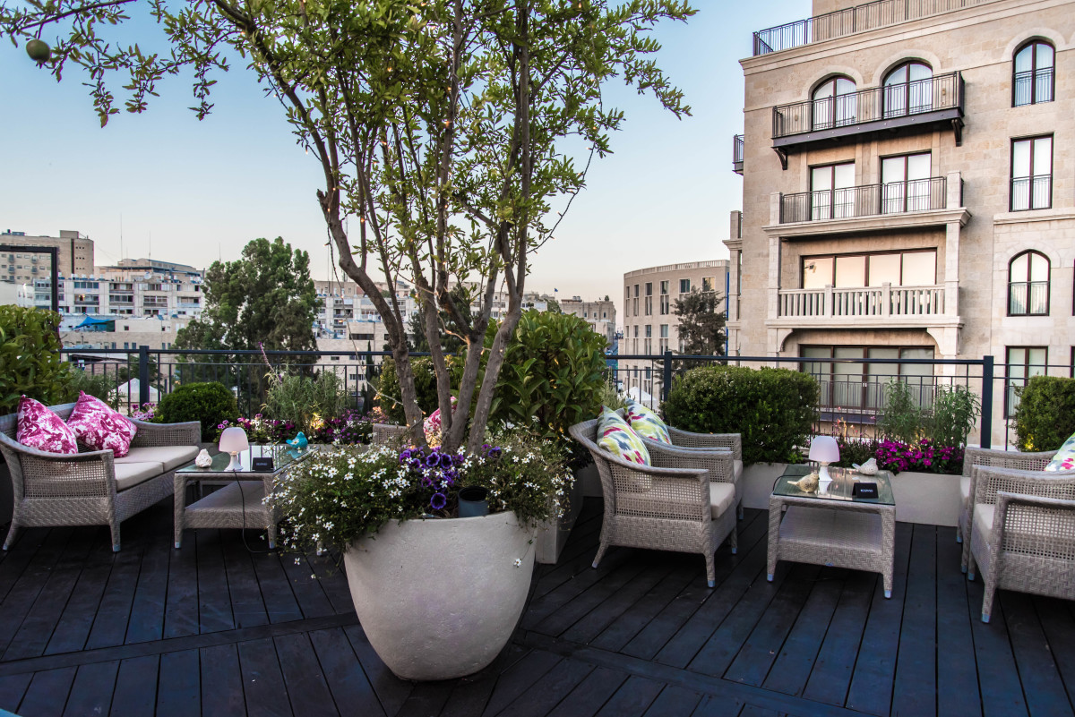 Explore jerusalem this summer with waldorf astoria for 1 garden terrace