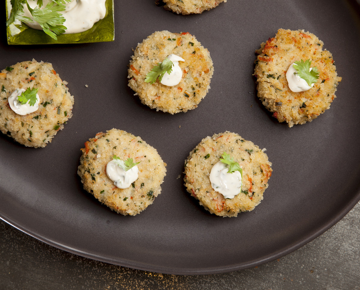 baked crab balls with cilantro lime dipping sauce