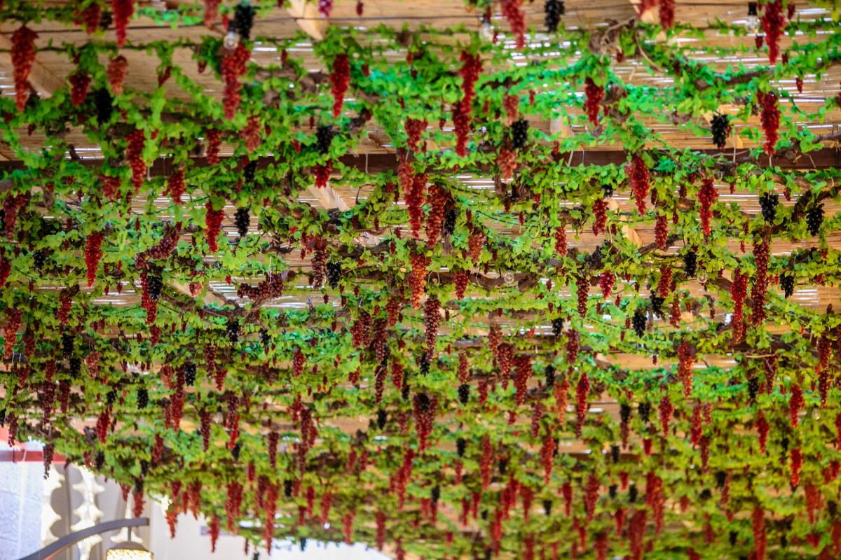 Grape motif at Waldorf