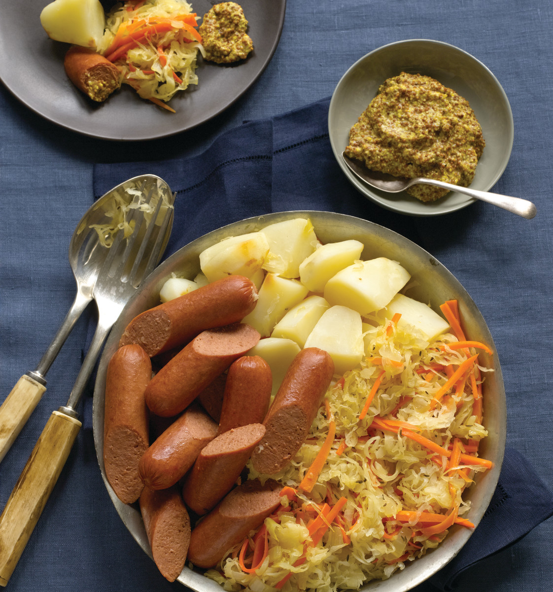 Knockwurst with Sauerkraut and Potatoes