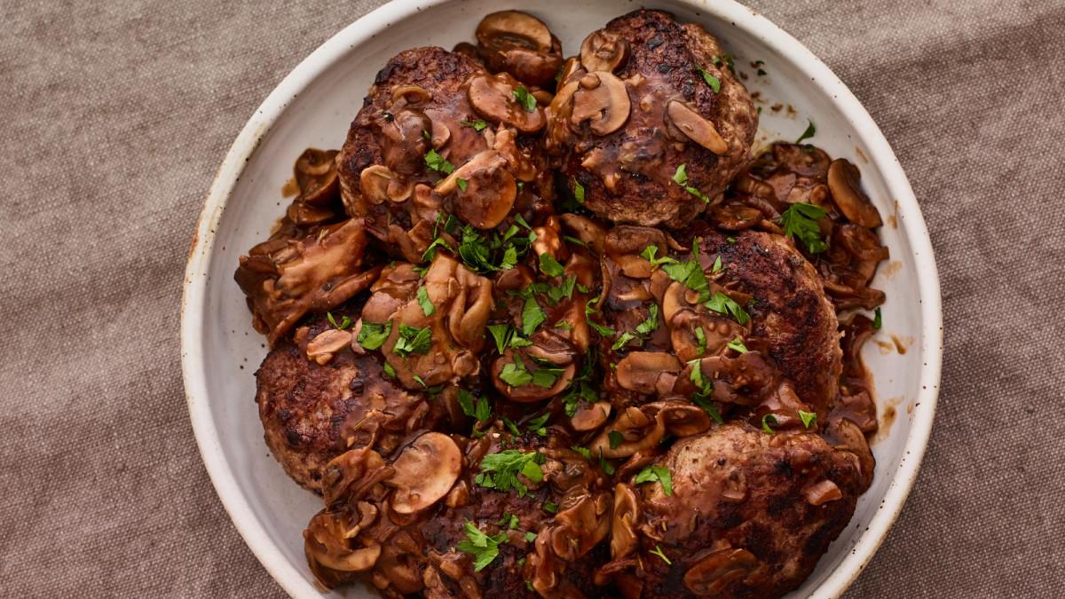 Salisbury Steaks with Mushroom Ragout