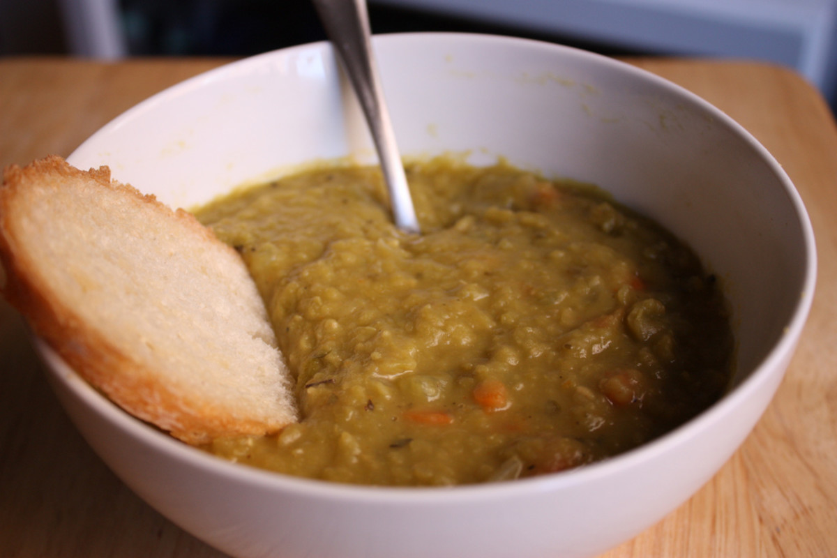 Crock Pot Split Pea Soup with Beef Bacon