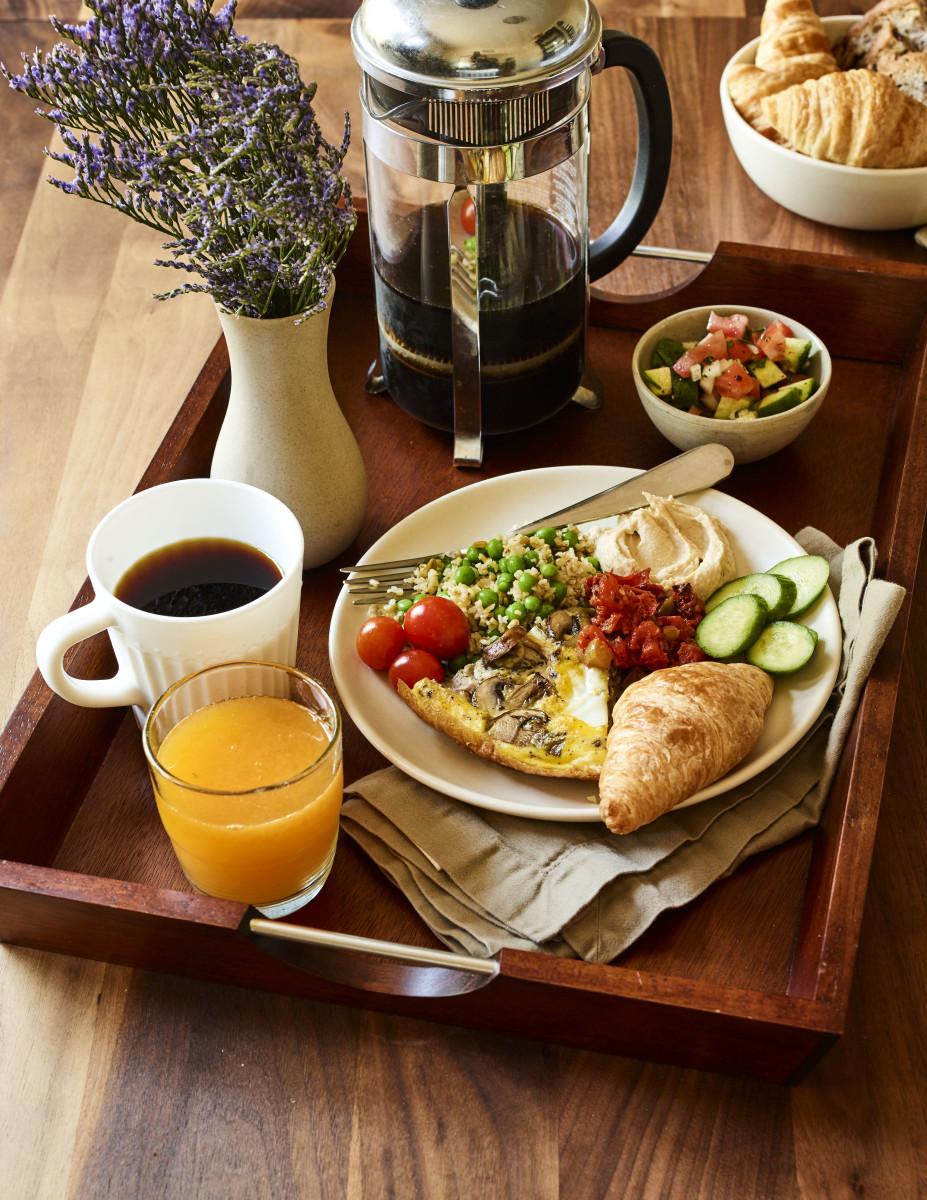 frittata, freekah breakfast tray