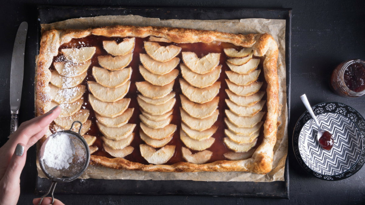 Sheet Pan Apple Pie